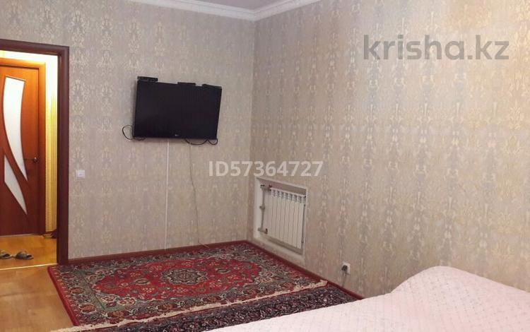 2-комнатная квартира, 56 м², 5/5 этаж помесячно, 26-й мкр 22 за 95 000 〒 в Актау, 26-й мкр