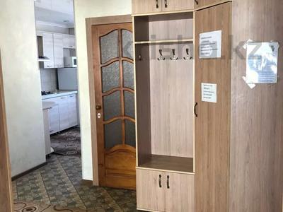 3-комнатная квартира, 80 м², 2/5 этаж посуточно, Сулейменова 4 за 12 000 〒 в Кокшетау — фото 7