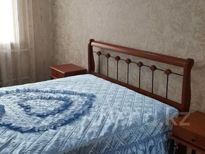 3-комнатная квартира, 80 м², 2/5 этаж посуточно, Сулейменова 4 за 12 000 〒 в Кокшетау — фото 2