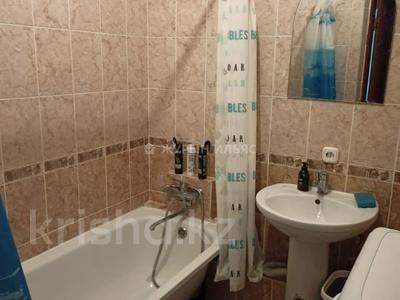 1-комнатная квартира, 43 м², 8/14 этаж помесячно, Сарайшык 5 за 110 000 〒 в Нур-Султане (Астана), Есиль р-н — фото 9