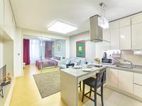 1-комнатная квартира, 48 м², 12/36 этаж посуточно