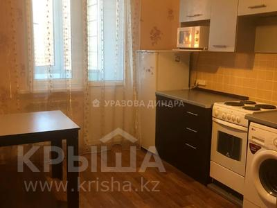1-комнатная квартира, 40 м² помесячно, Иманбаевой 10 — Кенесары за 110 000 〒 в Нур-Султане (Астана), р-н Байконур