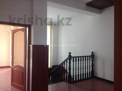 5-комнатная квартира, 250 м², проспект Достык — Оспанова за ~ 173.7 млн 〒 в Алматы, Медеуский р-н — фото 24