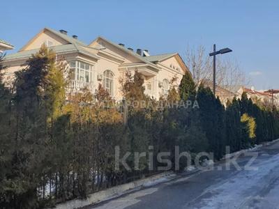 5-комнатная квартира, 250 м², проспект Достык — Оспанова за ~ 173.7 млн 〒 в Алматы, Медеуский р-н — фото 3