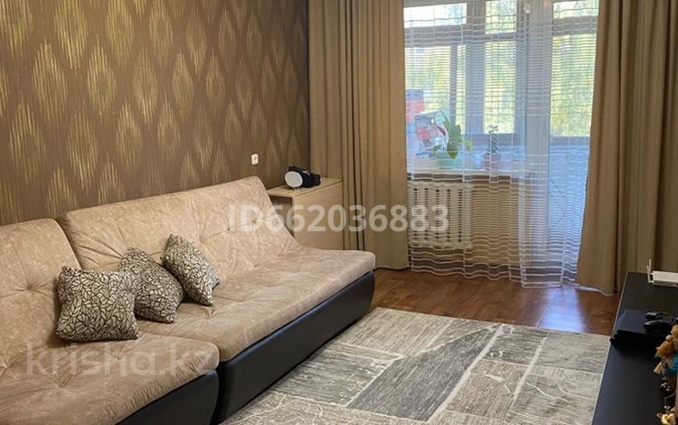 2-комнатная квартира, 49 м², 4/5 этаж, Кабанбай батыра 84 за 15.5 млн 〒 в Усть-Каменогорске