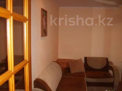 1-комнатная квартира, 30 м², 2/5 этаж посуточно, Чкалова 14 за 5 000 〒 в Костанае — фото 2