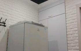 2-комнатная квартира, 43 м², 2/5 этаж помесячно, Ермекова 26 — Ерубаева за 95 000 〒 в Караганде, Казыбек би р-н