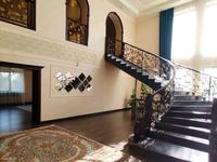 9-комнатный дом, 464 м², 18.5 сот., Переулок Алатау за 82 млн 〒 в Кыргауылдах