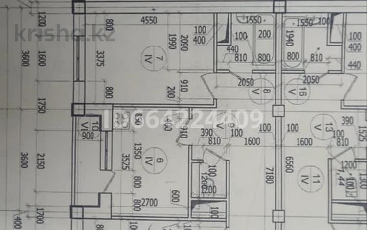 2-комнатная квартира, 65 м², 5/5 этаж, 8 мкр за 13.7 млн 〒 в Талдыкоргане