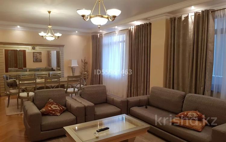 5-комнатная квартира, 260 м², 6/7 этаж, мкр Самал-3 за 150 млн 〒 в Алматы, Медеуский р-н