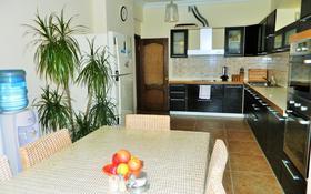 1-комнатная квартира, 55 м², 3/12 этаж помесячно, Улы Дала 21а за 90 000 〒 в Нур-Султане (Астана), Есиль р-н