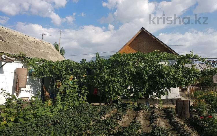 5-комнатный дом, 70 м², 6.2 сот., 2 переулок 98 — Есей би за 18 млн 〒 в Таразе