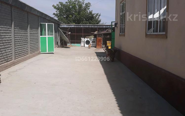 3-комнатный дом, 100 м², 24 сот., Абая 96 за 10 млн 〒 в Таразе