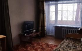 2-комнатная квартира, 52 м², 1/3 этаж, Мкр Восток-3 31 за 9.9 млн 〒 в Караганде, Октябрьский р-н