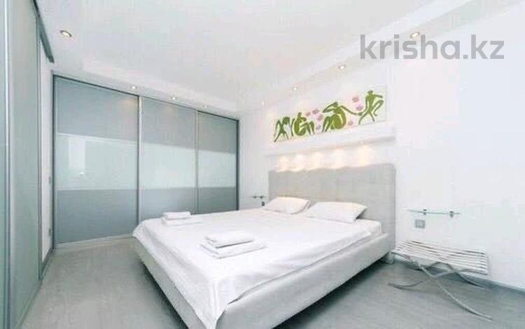 1-комнатная квартира, 45 м² посуточно, Каблукова — Тажибаева за 10 000 〒 в Алматы, Бостандыкский р-н