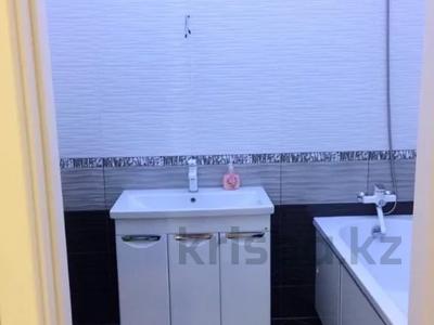 3-комнатная квартира, 80 м², 4/16 этаж, Кошкарбаева 37 — Жумабаева за 40 млн 〒 в Нур-Султане (Астана), Алматы р-н — фото 18