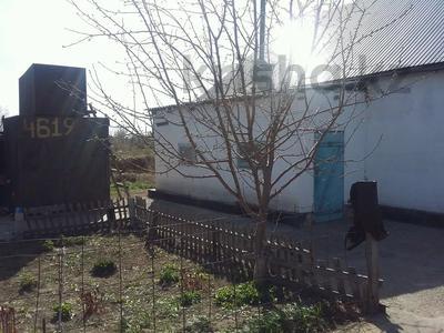 Дача с участком в 8 сот., Восточные правые 12 за 3.2 млн 〒 в Семее — фото 2