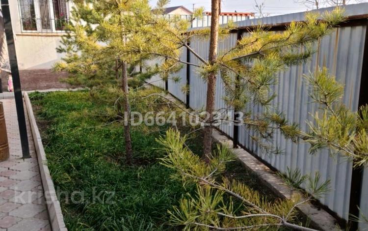 5-комнатный дом, 130 м², 8 сот., мкр Мадениет 37 — Толагай за ~ 38 млн 〒 в Алматы, Алатауский р-н