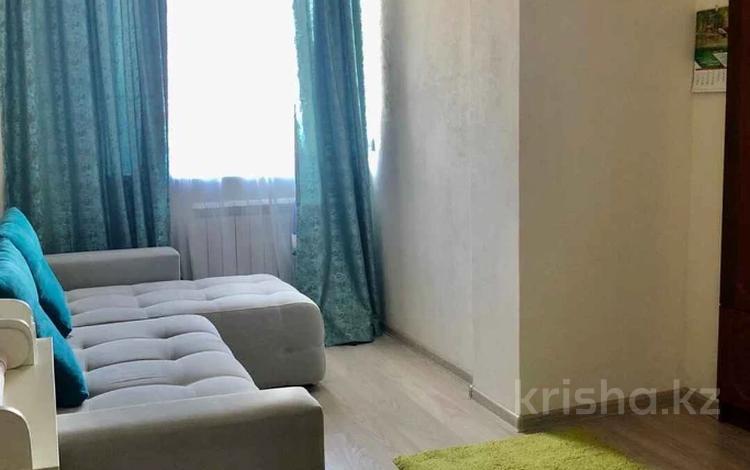 1-комнатная квартира, 30 м², 3/5 этаж, мкр Кокжиек, Мкр Кокжиек за 10.5 млн 〒 в Алматы, Жетысуский р-н