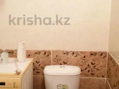 3-комнатная квартира, 80 м², 1/10 этаж посуточно, Ибраева 156 — Шакарима за 15 000 〒 в Семее