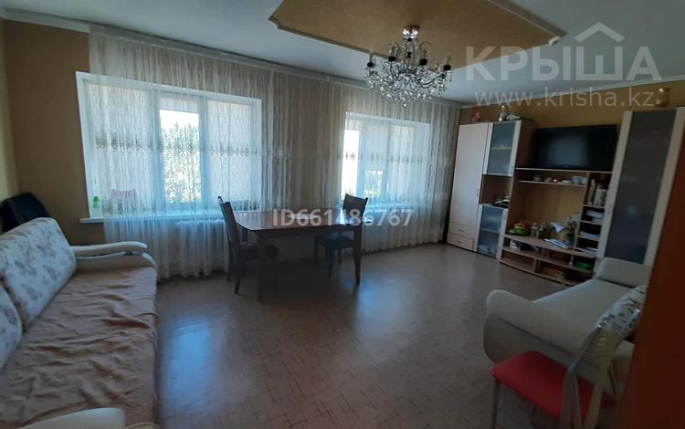 2-комнатная квартира, 62 м², 8/10 этаж, Майры 25 за 16 млн 〒 в Павлодаре