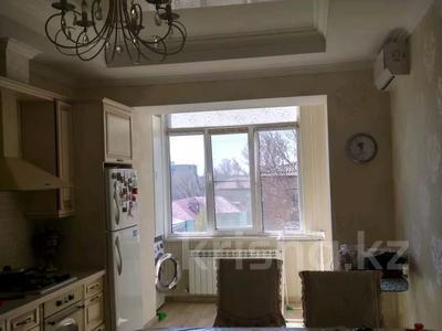 3-комнатная квартира, 120 м², 5/7 этаж, Искалиева 233 за 49 млн 〒 в Уральске