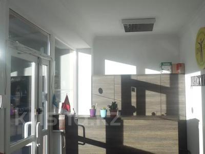 Магазин площадью 186.1 м², мкр Аксай-1, Аксай 1 10\3 — Саина за 59.9 млн 〒 в Алматы, Ауэзовский р-н — фото 4