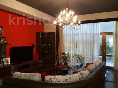 6-комнатный дом, 500 м², 8 сот., Оспанова — Достык (Ленина) за 285 млн 〒 в Алматы, Медеуский р-н — фото 12