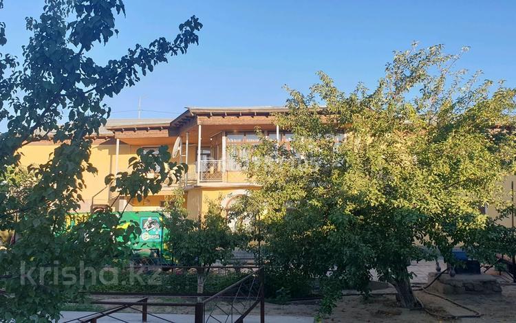 7-комнатный дом, 280 м², 12 сот., улица Байтанаевка 25А — Алтынсарин за 90 млн 〒 в Туркестане