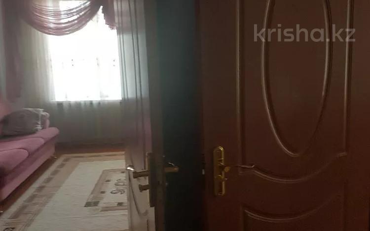 3-комнатная квартира, 60 м², 4/4 этаж, Толебий за 17.5 млн 〒 в Таразе