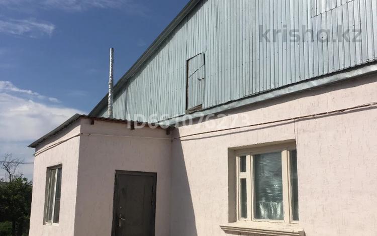 6-комнатный дом, 192 м², 12 сот., Тауке Хан 10 — Хусаина за 35 млн 〒 в Таразе