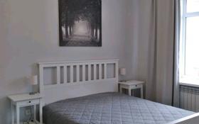 2-комнатная квартира, 64 м², 2/4 этаж помесячно, Б.Жырау 27 за 180 000 〒 в Караганде, Казыбек би р-н