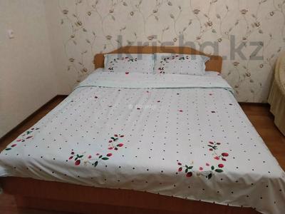 1-комнатная квартира, 38 м², 9/12 этаж посуточно, Казахстан 70 за 8 000 〒 в Усть-Каменогорске — фото 3