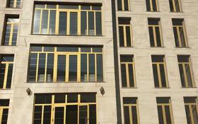 Здание, площадью 1800 м², Радлова — Сахариева за 860 млн 〒 в Алматы, Медеуский р-н