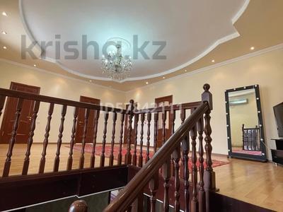 5-комнатный дом, 216.7 м², 9 сот., мкр Самал 11 за 60 млн 〒 в Атырау, мкр Самал