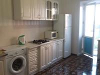 2-комнатная квартира, 65 м², 4/5 этаж помесячно