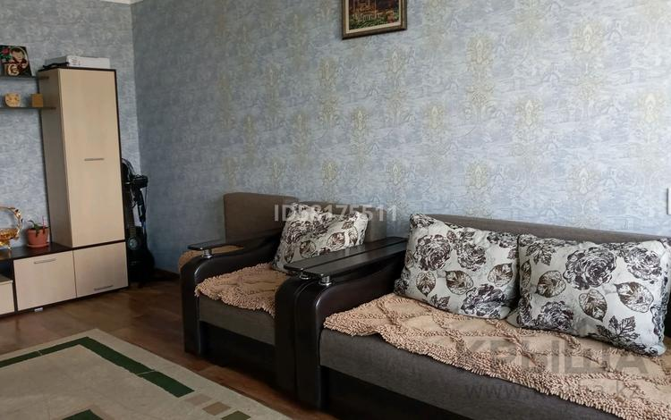 3-комнатная квартира, 65 м², 10/10 этаж, Жамбыла — Муканова за 16.9 млн 〒 в Петропавловске
