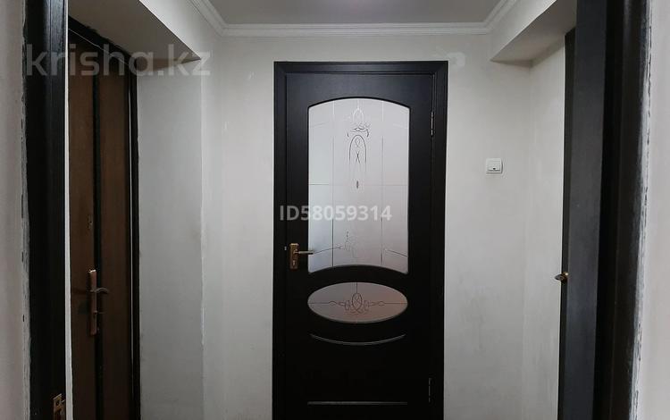 5-комнатный дом, 375 м², 4 сот., Б.Момышулы 15 — Адильбекова К. за 20 млн 〒 в Шымкенте, Абайский р-н