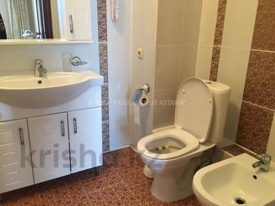 3-комнатная квартира, 140 м², 5/22 этаж посуточно, Динмухамеда Кунаева 12/2 за 17 000 〒 в Нур-Султане (Астана), Есиль р-н — фото 8