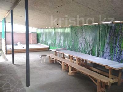 7-комнатный дом посуточно, 400 м², 15 сот., Ақжайық 18 за 70 000 〒 в Бурабае — фото 11