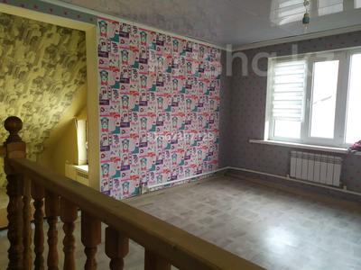 4-комнатный дом помесячно, 100 м², Джангильдина — Некрасова за 45 000 〒 в Актобе, Старый город — фото 3