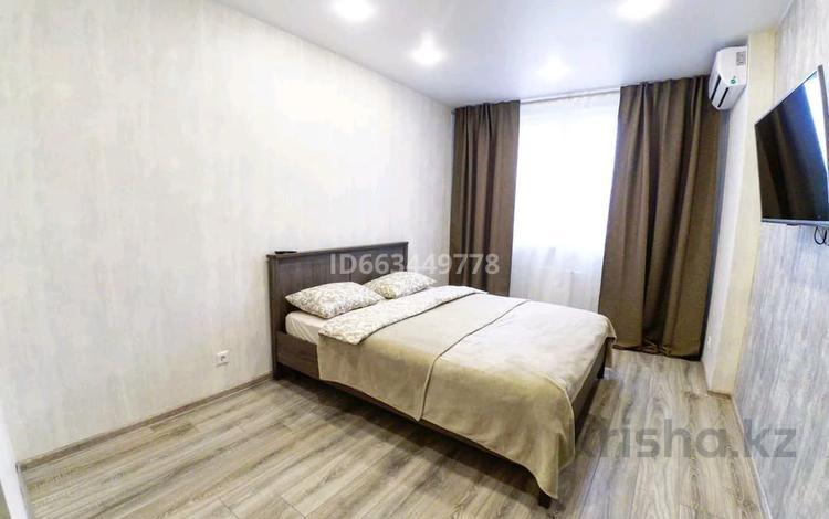 1-комнатная квартира, 48 м², 5/12 этаж по часам, Достык 12 — Сауран за 1 500 〒 в Нур-Султане (Астана), Есиль р-н