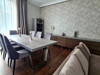 5-комнатная квартира, 160 м², 2/3 этаж на длительный срок, Аль- Фараби 116 за 1.8 млн 〒 в Алматы, Бостандыкский р-н