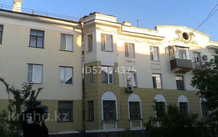 1-комнатная квартира, 36 м², 3/3 этаж, улица Бахитжана Махамбетова за 5.8 млн 〒 в Актобе