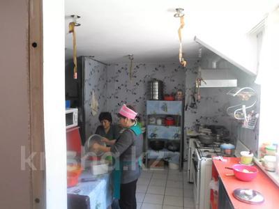 Здание, площадью 1549.9 м², Рыскулова 57В за 202 млн 〒 в Алматы, Жетысуский р-н — фото 15