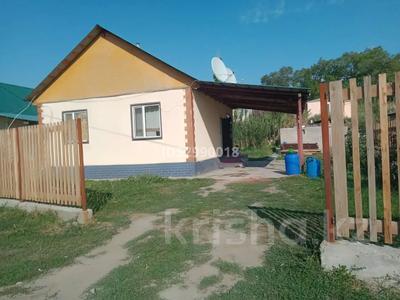3-комнатный дом, 58 м², 4 сот., Поселок 19км — Абая за 5.5 млн 〒 в Жамбыле