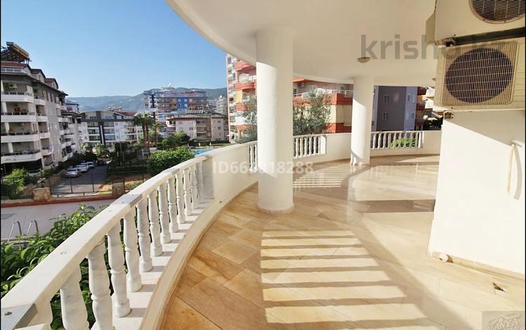 3-комнатная квартира, 150 м², 2/9 этаж, Нимкар 3 за 43.2 млн 〒 в