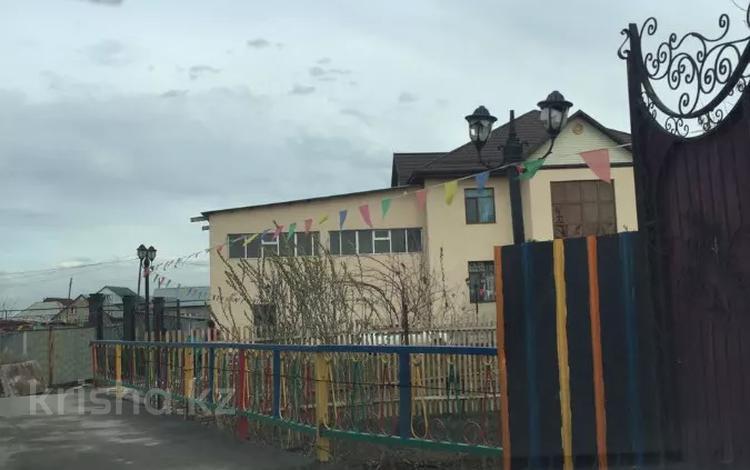 Здание, площадью 650 м², Акниет за 59 млн 〒 в Кемертогане