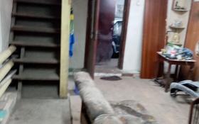 7-комнатный дом, 300 м², 4 сот., мкр Михайловка 62 — Бадина речная за 23 млн 〒 в Караганде, Казыбек би р-н
