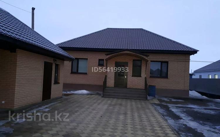 4-комнатный дом, 130 м², 6 сот., Юго восток 16 за 34 млн 〒 в Уральске